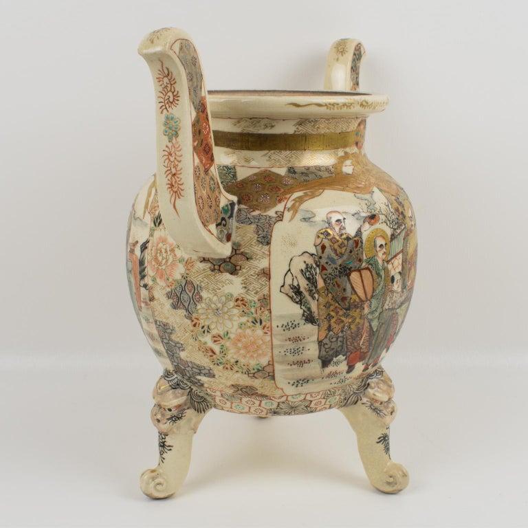 Ceramic Large Antique Japanese Meiji Satsuma Covered Urn Vase with Foo Dog For Sale
