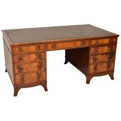 Großer Antiker Mahagoni Leder Schreibtisch