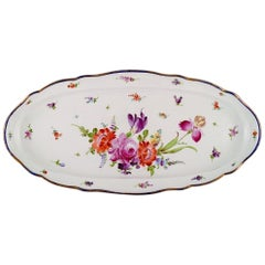 Large Antique Meissen Serving Dish in Hand-Painted Porcelain, with Floral Motifs