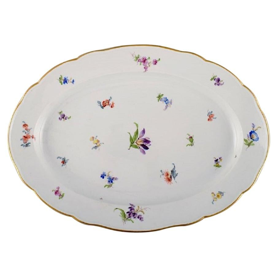 Large Antique Meissen Serving Dish in Hand-Painted Porcelain with Flowers