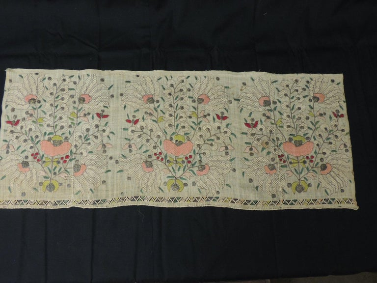 Large Antique Peach and Yellow Turkish Embroidered Mesh Floral Textile In Good Condition For Sale In Fort Lauderdale, FL