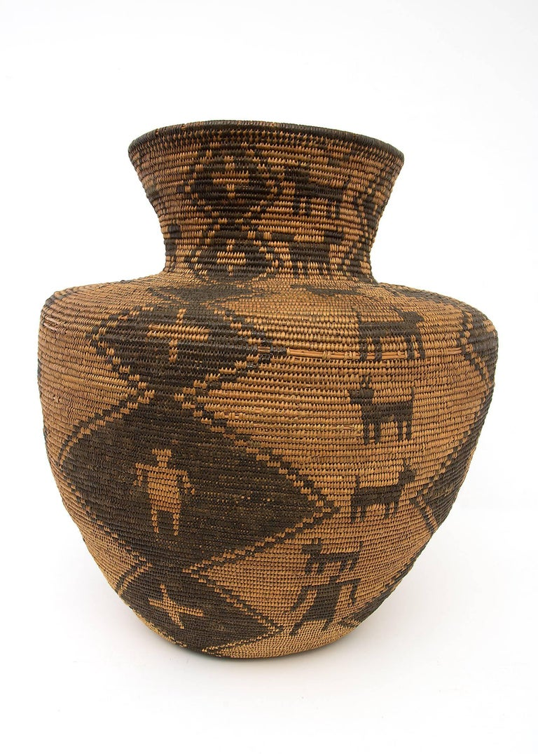 Hand-Woven Large Antique Southwestern/Native American Basketry Olla, Apache, 19th Century For Sale