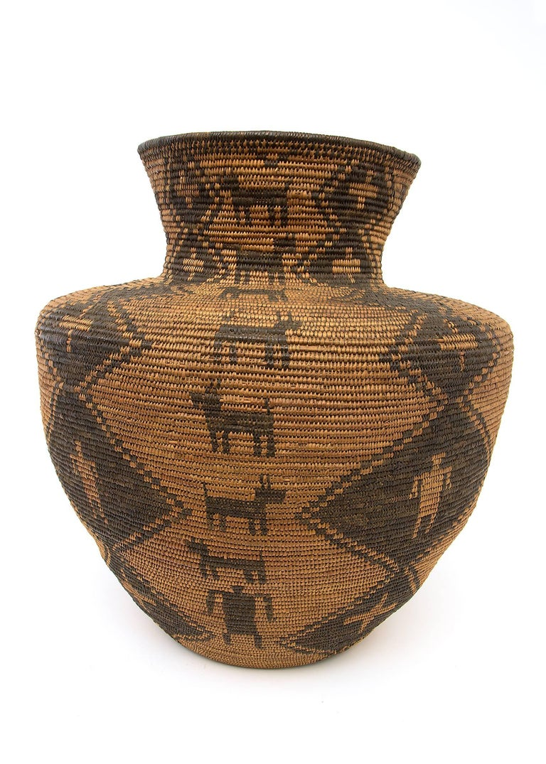 Large Antique Southwestern/Native American Basketry Olla, Apache, 19th Century In Good Condition For Sale In Denver, CO