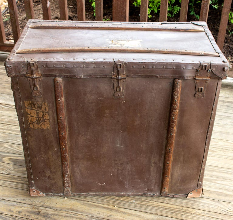 Large Antique Spanish Leather Trunk Made by Absil For Sale 11