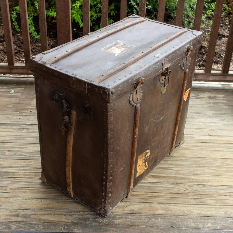 Large Antique Spanish Leather Trunk Made by Absil In Fair Condition For Sale In Houston, TX