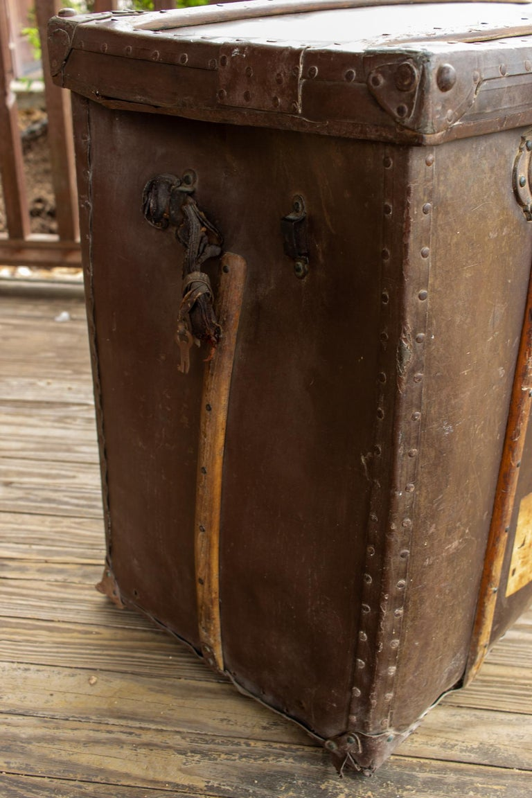 20th Century Large Antique Spanish Leather Trunk Made by Absil For Sale