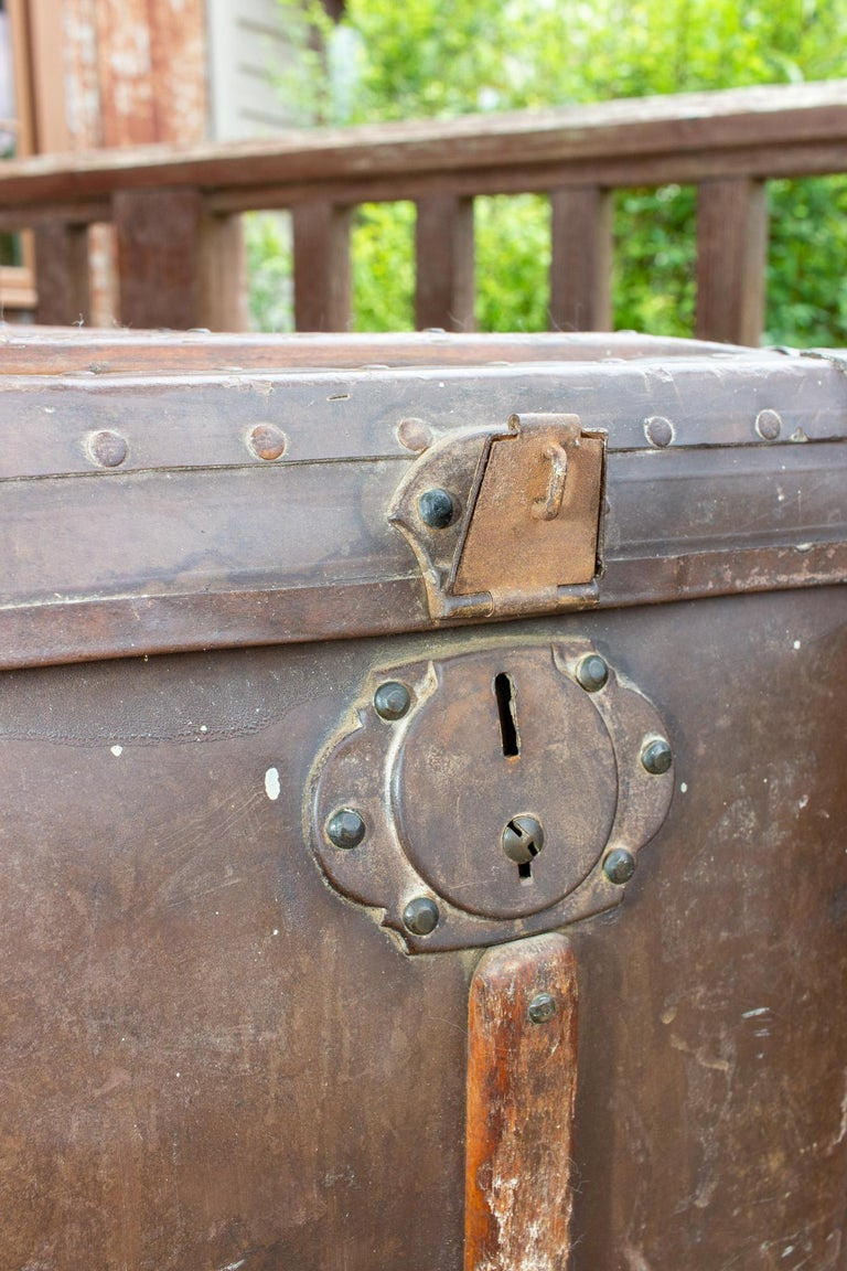 Large Antique Spanish Leather Trunk Made by Absil For Sale 4