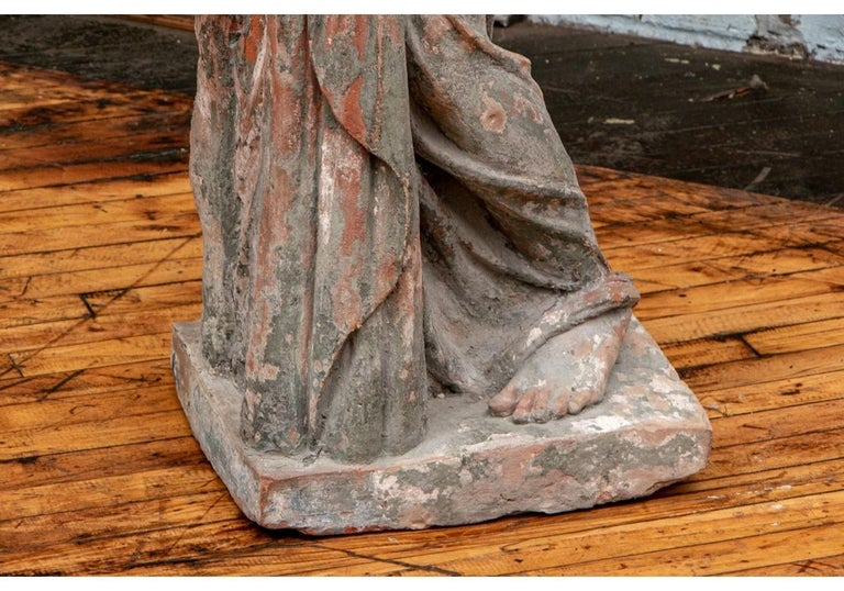 Large Antique Terracotta Figure of Venus In Distressed Condition For Sale In Bridgeport, CT