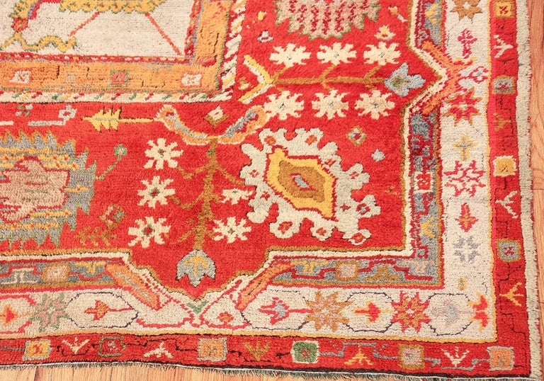 Large Antique Turkish Oushak Rug. Size: 14 ft 2 in x 19 ft (4.32 m x 5.79 m) For Sale 1