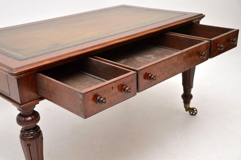 Large Antique William IV Mahogany Leather Top Writing Table or Desk For Sale 6