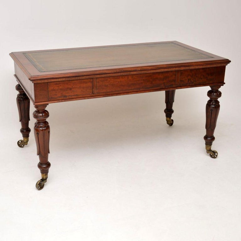 Large Antique William IV Mahogany Leather Top Writing Table or Desk For Sale 2