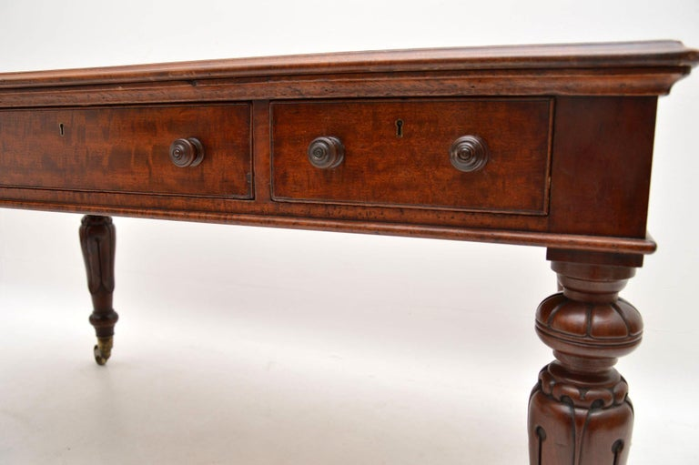 Large Antique William IV Mahogany Leather Top Writing Table or Desk For Sale 4