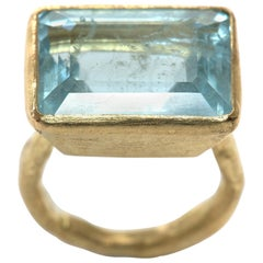 Large Aquamarine 18 Karat Gold Cocktail Ring by Disa Allsopp