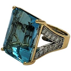 Large Aquamarine Gold and Diamond Ring