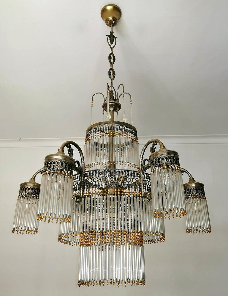 Large Art Deco Art Nouveau Amber Beaded & Clear Glass Straw, 10-Light Chandelier In Good Condition For Sale In Coimbra, PT