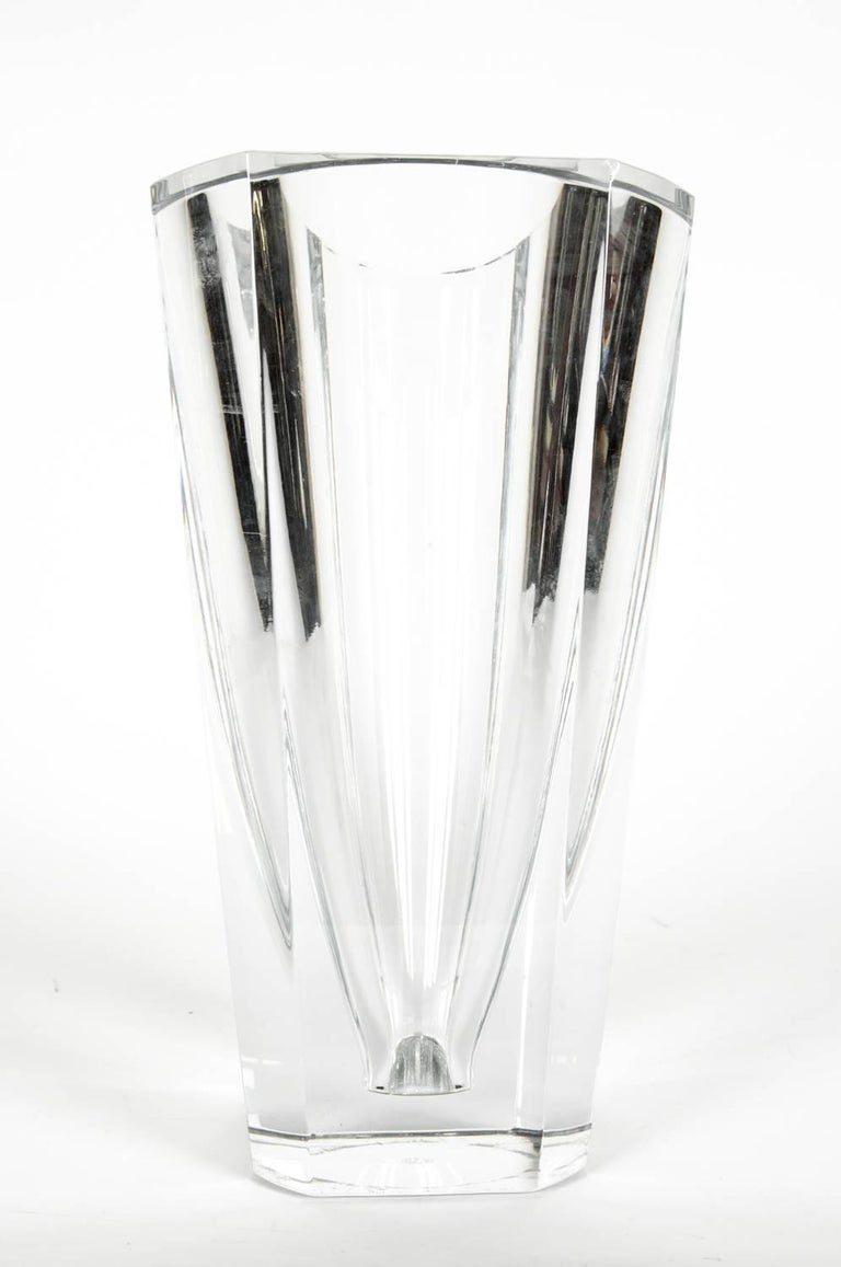 A large French Art Deco Baccarat Four-sided cut crystal vase / decorative piece. The Vase is in excellent condition. It measure 12 inches high X 8 inches top diameter.