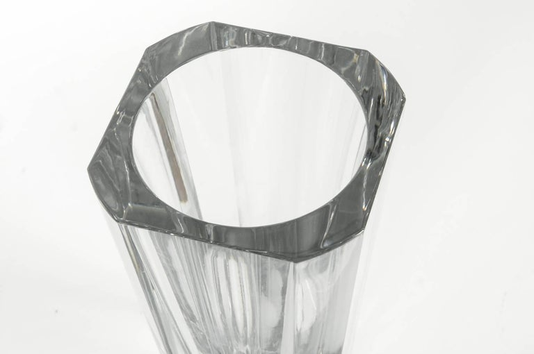 Large Art Deco Baccarat Facet Cut Crystal Vase In Excellent Condition For Sale In Hudson, NY