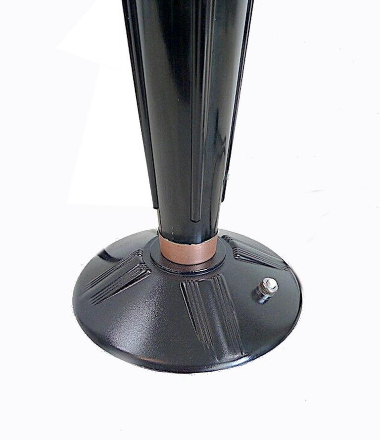 French Large Art Deco Bakelite Table Lamp by Eileen Gray for Jumo, France For Sale