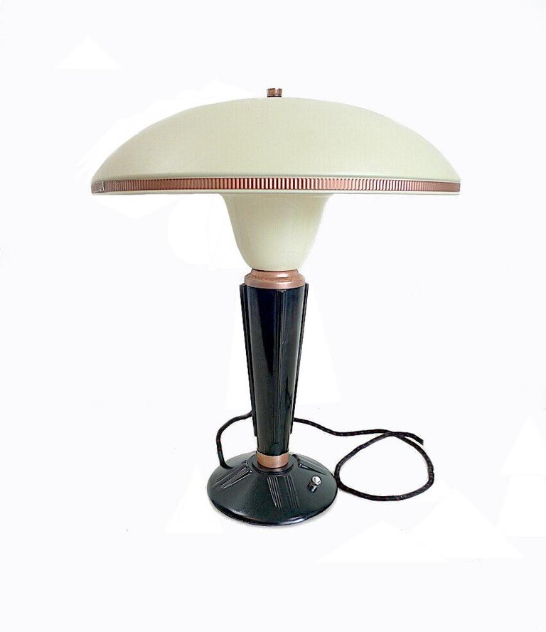 Metal Large Art Deco Bakelite Table Lamp by Eileen Gray for Jumo, France For Sale