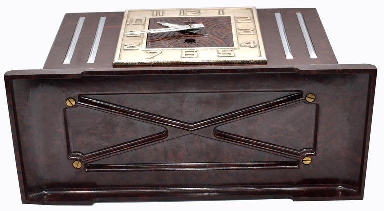 Large Art Deco French Bakelite Mantle Clock by JAZ, circa 1930s For Sale 6