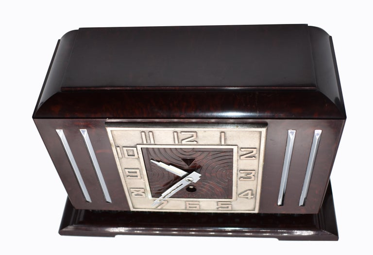 Large Art Deco French Bakelite Mantle Clock by JAZ, circa 1930s In Good Condition For Sale In Devon, England