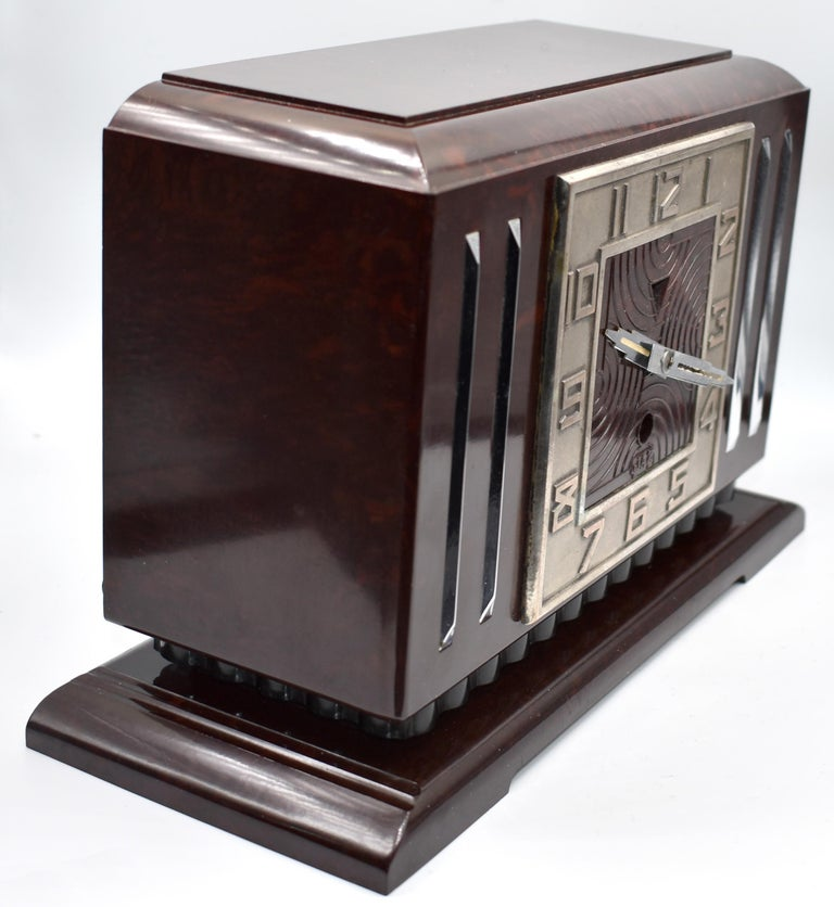 Large Art Deco French Bakelite Mantle Clock by JAZ, circa 1930s For Sale 5