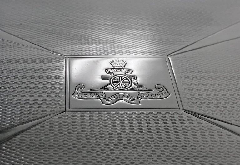 Large Art Deco Silver Box, Birmingham 1930 William Hutton & Sons. In Good Condition For Sale In Toronto, Ontario