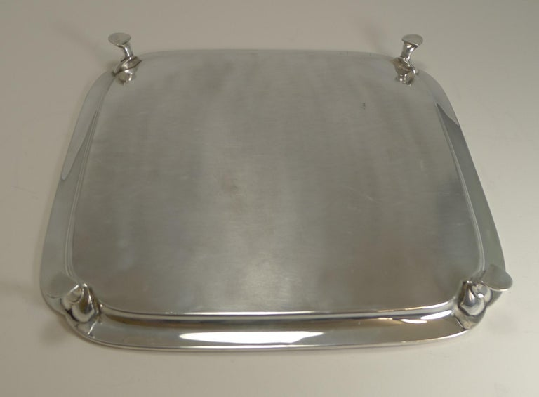 A superb and very stylish cocktail tray and an impressive large size measuring 15