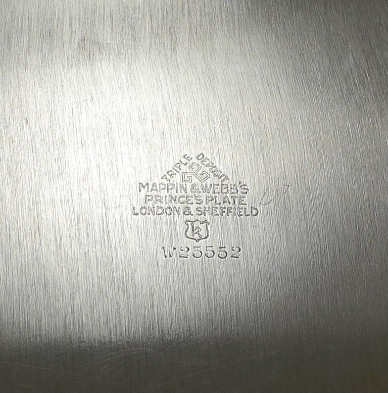 Large Art Deco Square Serving/Cocktail Tray in Silver Plate by Mappin and Webb In Good Condition In London, GB