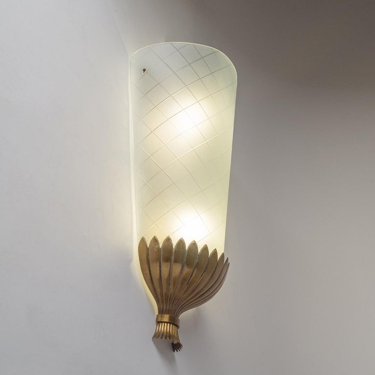 Austrian Large Art Deco Wall Light, 1930s, Brass and Cut Glass For Sale
