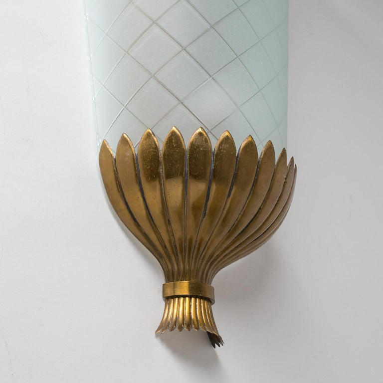 Mid-20th Century Large Art Deco Wall Light, 1930s, Brass and Cut Glass For Sale