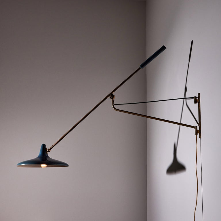 Mid-20th Century Large Articulating Wall Light by Stilnovo For Sale