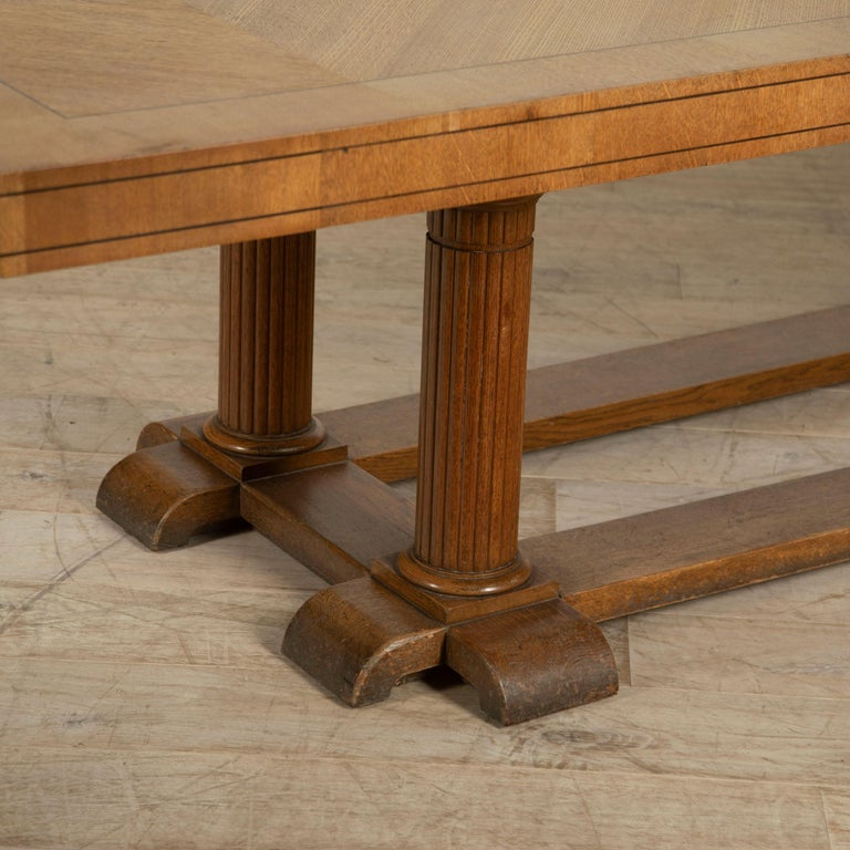 Large Arts & Crafts English Oak Refectory Dining Table In Good Condition For Sale In Gloucestershire, GB