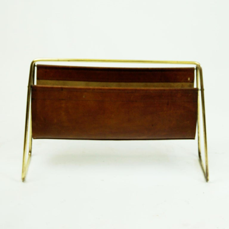 Large Austrian Midcentury Leather and Brass Magazine Rack by Carl Auböck For Sale 1
