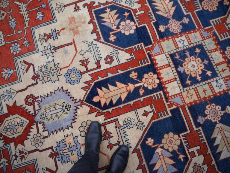 Large Azeri Heriz Rug Oversized Persian Serapi Style, Hand Knotted For Sale 3
