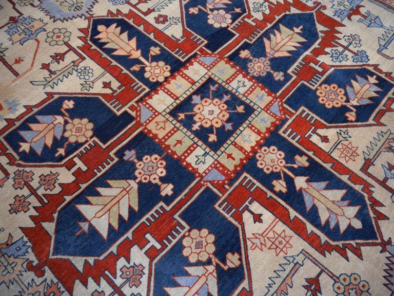 Large Azeri Heriz Rug Oversized Persian Serapi Style, Hand Knotted For Sale 10