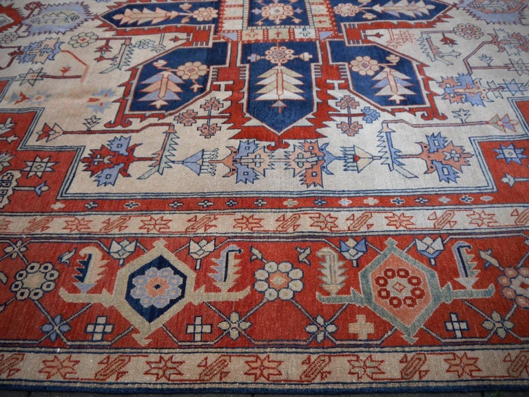 Large Azeri Heriz Rug Oversized Persian Serapi Style, Hand Knotted For Sale 1