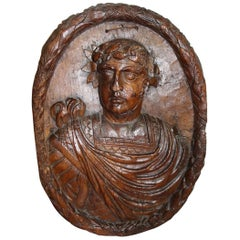 Large Bas Relief in Carved Walnut from The 17th Representing a Roman Emperor