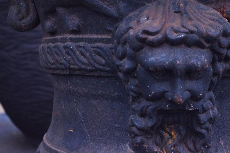 Large Belle Époque Cast Iron Urn For Sale 1