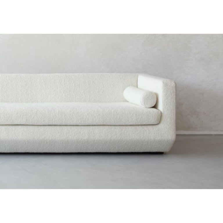 Large Beveled, Couch by Marc Dibeh In New Condition For Sale In Geneve, CH