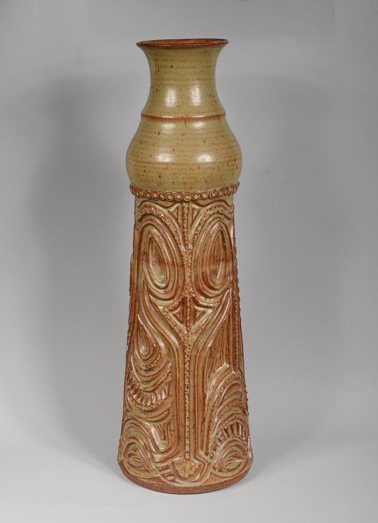 American Craftsman Large Bill and June Vaughn Ceramic Floor Vase For Sale