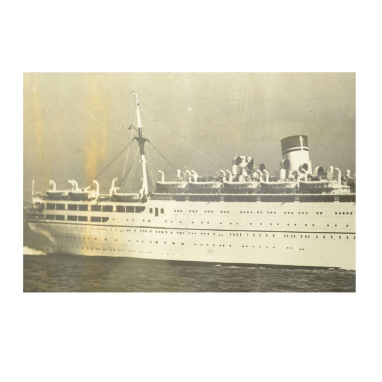 Large Black and White Historical Picture of the Ship Conte Biancamano In Excellent Condition For Sale In Milan, IT