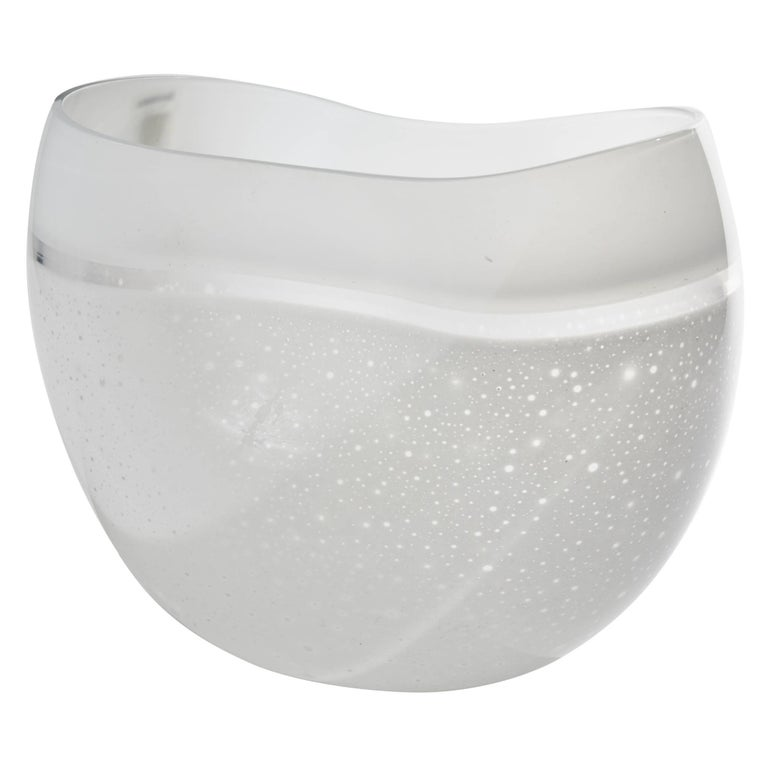 Large Blown White Art Glass Vase By Alfredo Barbini For Sale At 1stdibs