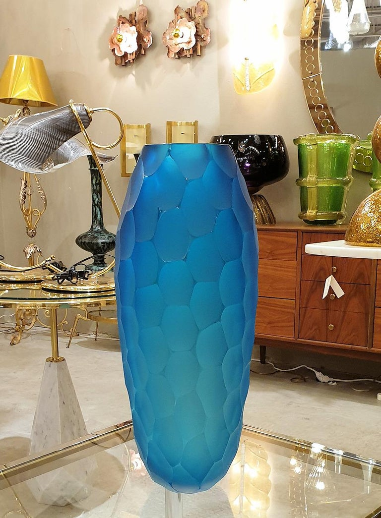 Large Blue Faceted Murano Glass Vase, Mid Modern by Simone Cenedese, 1980s For Sale 2