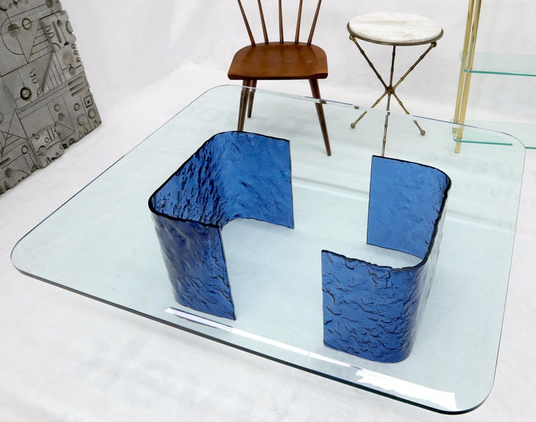 Large Blue Molten & Bent Glass C-Shape Base Glass Top Coffee Table In Good Condition For Sale In Rockaway, NJ