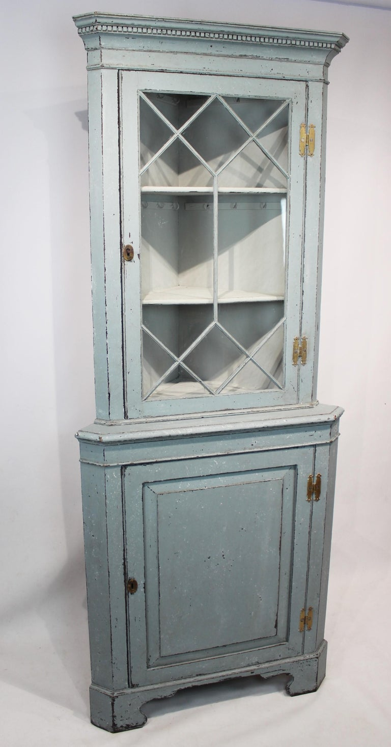 Large blue painted Gustavian corner cabinet from the 1880s, in great antique condition.