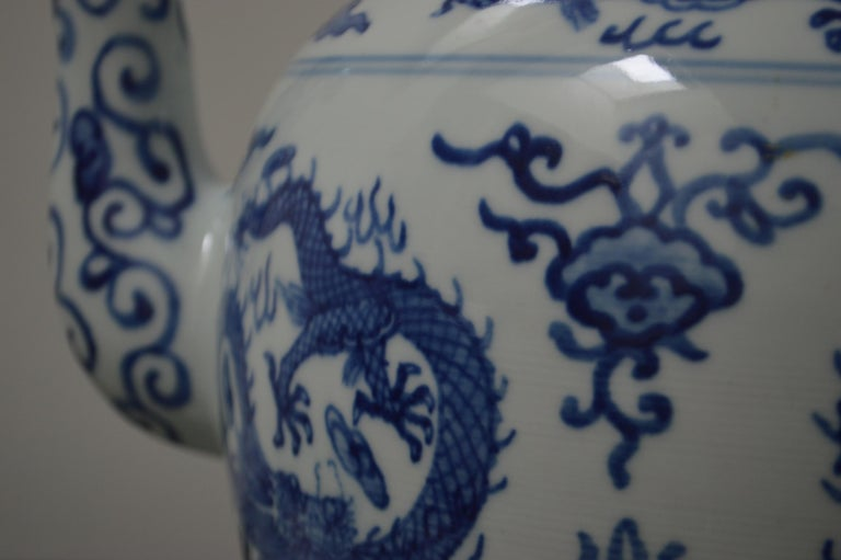 Chinoiserie Large Blue and White Porcelain Tea Pot For Sale