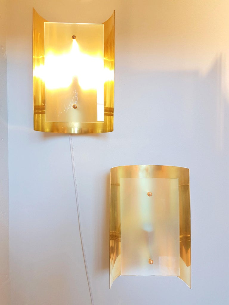 Pair large Brass & Glass Rectangular Chandeliers 12 Lights, Bespoke by D'Lightus For Sale 1