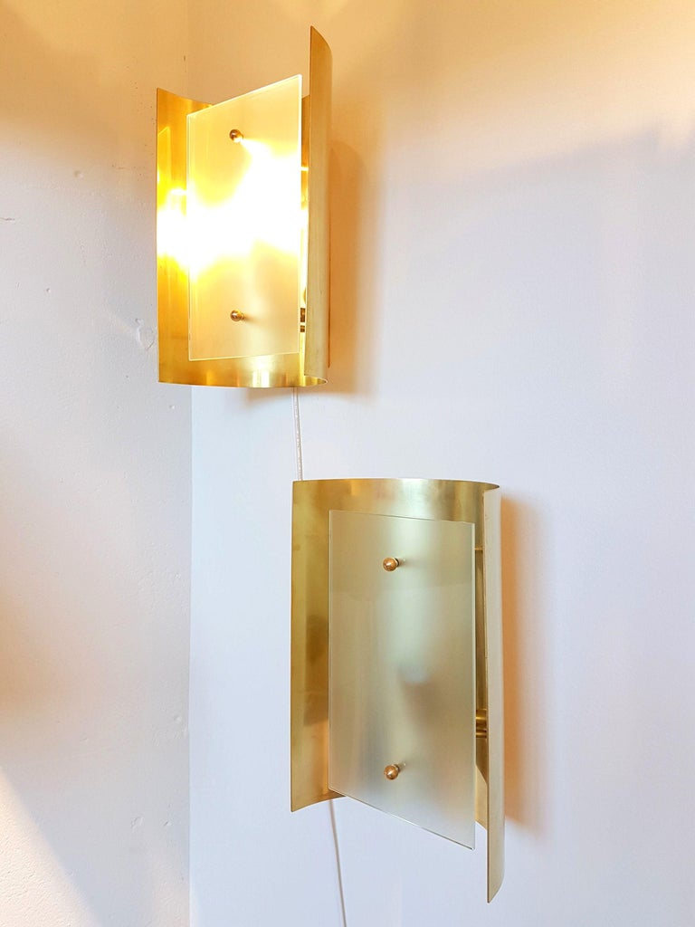 Pair large Brass & Glass Rectangular Chandeliers 12 Lights, Bespoke by D'Lightus For Sale 2