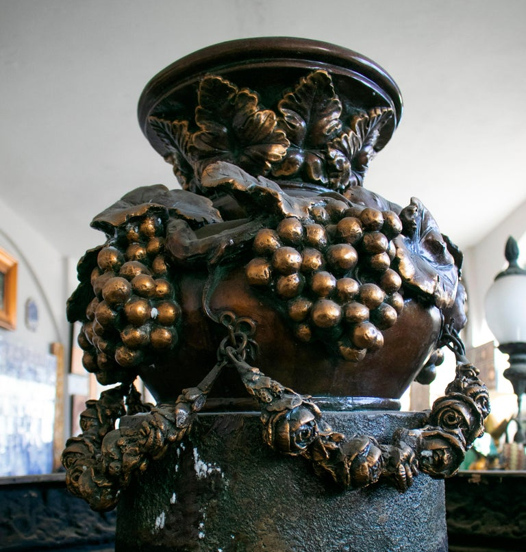 Large Bronze Four Seasons Cherub Fountain with Top Tier and Mascaron Spouts For Sale 15